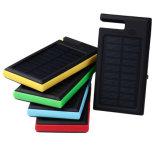 Una muestra gratis 12000mAh cargador de batería Solar Power Bank con soporte