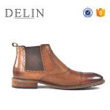 Черный коричневый цвет мужчин Chelsea Boot Boot из натуральной кожи