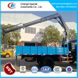 Gru montata camion di Dongfeng 4X2, camion con la gru dell'asta dell'articolazione 5tons
