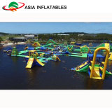 Aufblasbares Wasser-Aqua-sich hin- und herbewegende Park-Sport-Geräten-Hindernis-Trampoline Combos