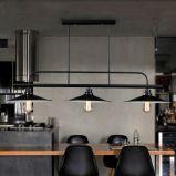 北欧様式の3つのランプが付いているレトロの錬鉄のペンダント灯