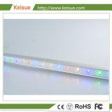 La production des oeufs croissent de lumière à LED