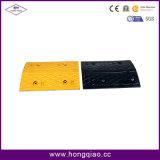 De gele en Zwarte RubberBulten van de Snelheid van de Weg