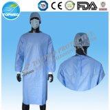 Kundenspezifisches Wegwerf-verstärktes steriles chirurgisches Kleid pp.-SMS Spunlace