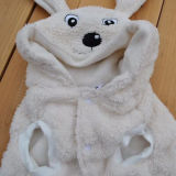 De mooie Laag van de Hond van de Winter met Hoed, Kleren van de Kleding van het Huisdier de Warme