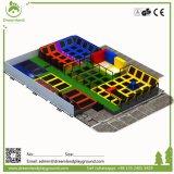 La mejor fabricación del parque del trampolín de China con las personas de diseño