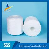 Il bianco grezzo, OE, commerci all'ingrosso ha riciclato il filato 100% di Polyesteryarn per il filato cucirino