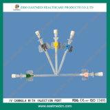 Cánula con el puerto de la inyección IV