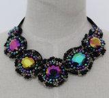 De dames vormen Halsband van de Nauwsluitende halsketting van het Kristal van de Namaakbijouterie de Ruige (JE0155)