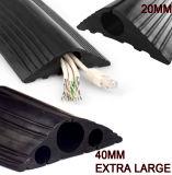 Protezione di gomma del cavo fori dei tre o dell'un foro