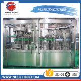 Lavage machine de remplissage de l'étiquetage de plafonnement de l'emballage pour le CO2 boire des boissons