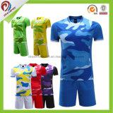 Футбол Джерси дешевого изготовленный на заказ высокого качества Таиланда сублимации первоначально Striped