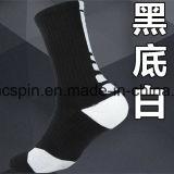 Calzini di sport degli uomini della calza di pallacanestro professionale degli uomini di alta qualità
