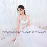 Os vestidos elegantes da princesa casamento atam acima o vestido nupcial da veste