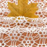 I materiali africani gialli del merletto hanno ricamato il merletto della guipure/il tessuto merletto del cavo