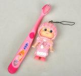 自由なギフトの人形が付いている図パターンハンドルの子供の歯ブラシ