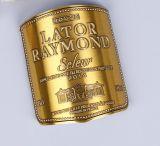 浮彫りになるロゴの金カラーはステッカーを分類する