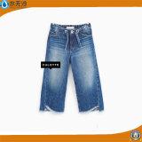 La mode desserrée de garçons de pantalons d'enfants de boutiques de type de tenue de détente badine des jeans de denim