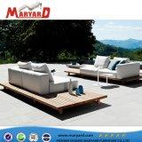 ホテルの屋外のプロジェクトのための現代様式のチークの屋外のソファー
