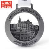 安い価格カスタム円形デザイン鋳造の骨董品の銀のめっきのフィニッシャーメダルメダル