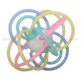 Do chocalho plástico do bebê do OEM brinquedo sensorial de Winkel Manhattan