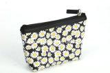 Neues Art-Gänseblümchen-Blumen-Schwarz-Hintergrund-Segeltuch-kosmetischer Beutel (BDY-1709038)