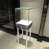 Стеллаж для выставки товаров витрины косметик стеклянный