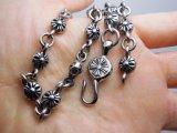 型の花の穀物のグループのネックレスのチタニウムの鋼鉄