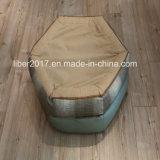 Hundebetten für kleine Hundedas lederne Hundesofa, das Haustier-Hundebett-Möbel anfüllt