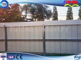 鋼鉄によって電流を通される金網の防御フェンス