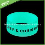 Heißes Verkaufs-Silikon-Armband mit Glühen in der Dunkelheit