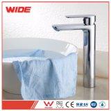 Type rond d'installation monté par Dack de modèle de mode taraud de mélangeur élevé de robinet de bassin de bassin de Bath avec le prix bon marché