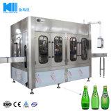 Machine de traitement de boissons gazeuses pour bouteille de verre et bouteille en plastique