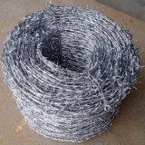 網の塀のためのとげがある鉄ワイヤー