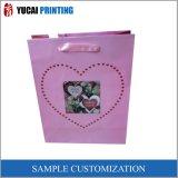 Papel de regalo de color rosa del corazón Bolsa de compras