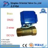Media del agua y vávula de bola de cobre amarillo de la presión de la presión inferior 1 pulgada