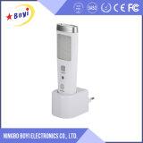 Pequeña luz LED de la noche del sensor de movimiento del enchufe de pared