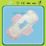 230mm en gros Serviettes hygiéniques pour serviettes hygiéniques pour dents quotidiennes Feutrine de coton avec pulpe Pure Fulff