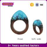 De façon personnalisée de véritables bijoux de fleur de bois naturel et les anneaux de résine