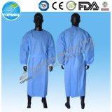 Los pun¢os elásticos médicos Eo-Esterilizaron el vestido caliente del aislamiento de la venta/el vestido quirúrgico