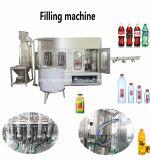 Завершите автоматическую упакованную Китаем машину разливая по бутылкам завода бутылки питьевой воды заполняя для бутылки любимчика