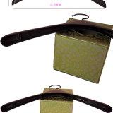 Custom оптовая торговля женщинами в пластиковый верхний подвесок с Установите противоскользящие наклейки