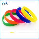 Regalo dei braccialetti & dei braccialetti del silicone della fascia di musica rock del Wristband del silicone della fascia