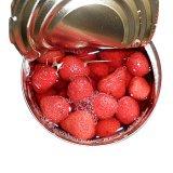 고품질을%s 가진 통조림으로 만들어진 딸기