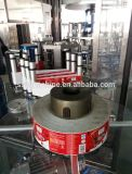 Фабрика подвергает машину для прикрепления этикеток механической обработке клея BOPP Melt бутылок жидкостного мыла горячую