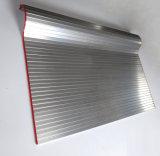ゴム製ストリップの保護機械盾が付いているアルミニウムカーテンのうなり声カバー
