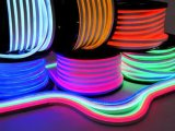 セリウムEMC LVD RoHS保証2年の、Lsnの暖かい白LEDのネオン屈曲