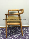 PUの柔らかいパッド(FOH-BCC36)が付いている耐久の木製のホテルの椅子