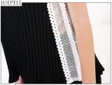 Le nuove grandi iarde di estate slacciano il prezzo di fabbrica di cucitura della maglia del merletto del Halter del V-Collo delle donne della camicetta chiffona Sleeveless della camicia