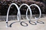 Estante espiral al aire libre revestido del estacionamiento de la bici del ciclo del polvo